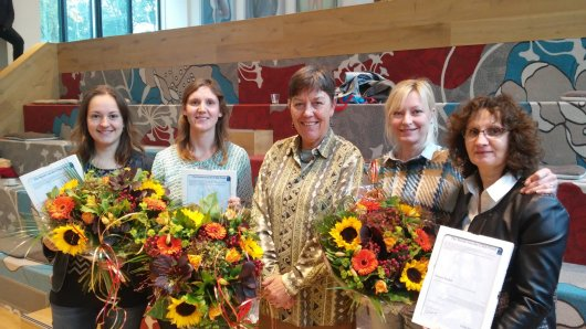 The winners of the Storm-van der Chijs Stipend 2015. From left to right: Hannah van Zanten, Ingrid van de Leemput, Anke Niehof and two colleagues of Maryna Strokal (because of her stay in China)