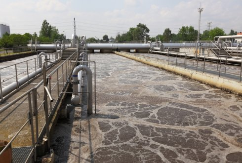 Anaerobic Treatment of Municipal Wastewater in a UASB-Digester System. Temperature effect on system performance, hydrolysis and methanogenesis