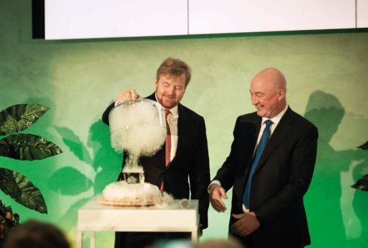 Koning opent het nieuwe Foods Innovation Centre van Unilever