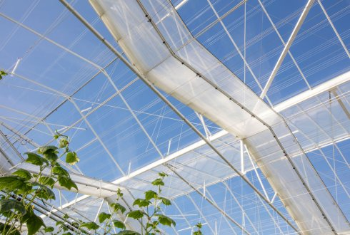 Light lab: measurements for greenhouse cover and screen materials