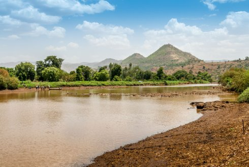 Sustaining reservoir use through sediment trapping in NW Ethiopia