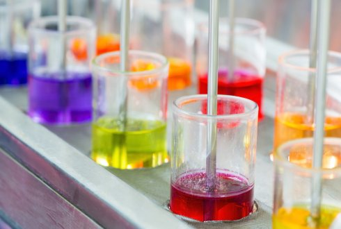 Textile dyeing with a flavonoid dye: photo-stability and analytical chemistry methods