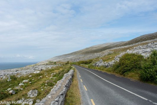 On the way to Moher (Ireland), we looked back and hit the break. Unfortunatelly no travelling at the moment..