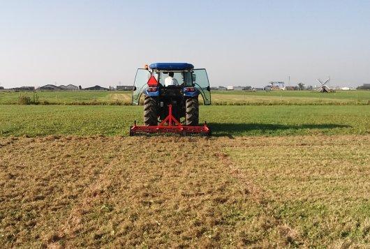 Hogere opbrengst eerste snede na eggen blijvend grasland