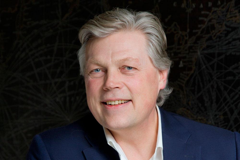 Dagvoorzitter <b>Roelof Hemmen</b> RTL Nieuws - f62a445d-f080-47f9-a1b9-dad349ea4fba_Roelof-Hemmen---Walter-Kallenbach_web