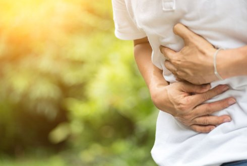 Combating irritable bowel syndrome symptoms with the right diet