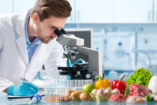 Food safety management strategies based on acceptable risk and risk acceptance