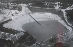 "Swimming pool ""De Onderste Molen"" in Venlo, 1950 (aerial photograph, Municipal archives Venlo)"