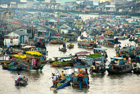 Ben Tre floating market in Vietnam, site of the first MSC certified fishery in Southeast Asia. Photo: innervietnam.com