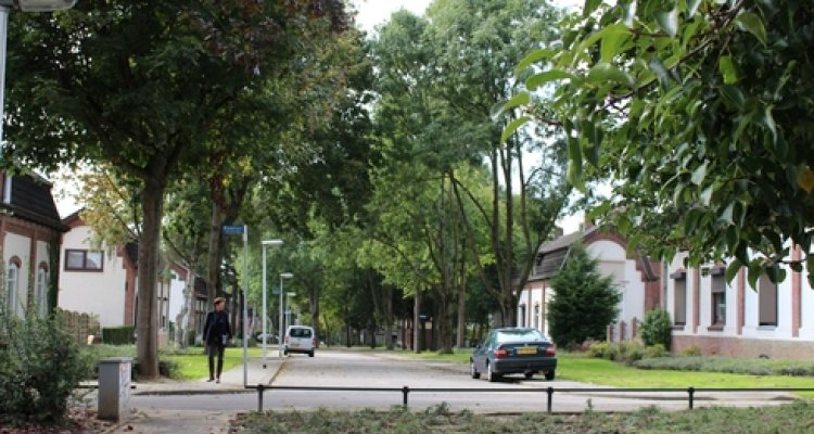 Street view of the Maasstraat in Beersdal, a district of Heerlen, in 2014 (photo: J. Karssen-Schüürmann)