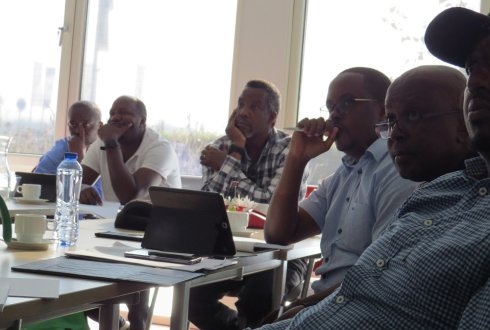 Rwandan delegation visits WUR for pest control products management benchmark